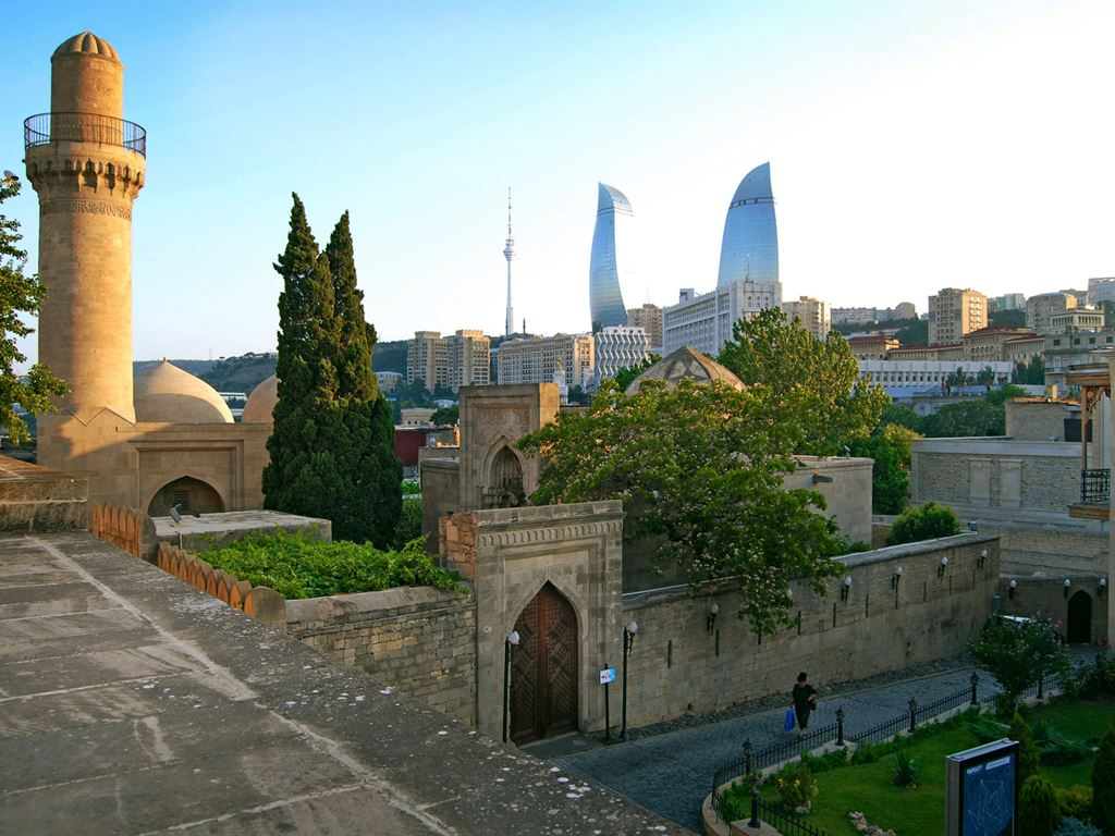 Тур в Баку из Минска